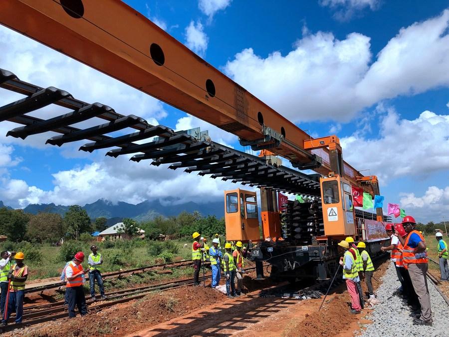 Xi: China está lista para trabajar con Tanzania para salvaguardar derechos e intereses legítimos de países en desarrollo