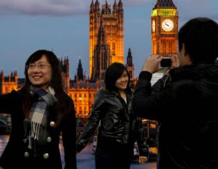 Wooing Chinese Tourists: Thinking Beyond Slippers and Kettles