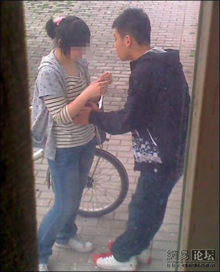 china-kids-having-sex-outside-window-01