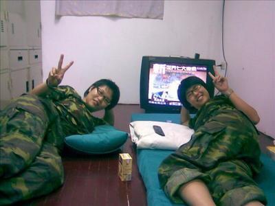 taiwan-women-soldiers-03