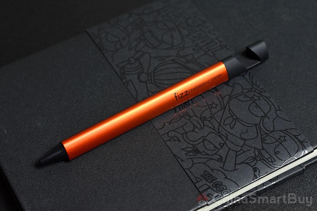 Xiaomi Fizz Gel Pen 2-in-1: è davvero un supporto per smartphone?