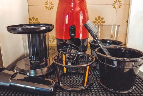 Cina in Cucina: Estrattore di succo a freddo Tibek | Recensione