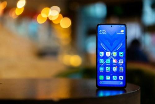 Black Shark 4 e 4 Pro ufficiali: lo smartphone da gaming secondo Xiaomi