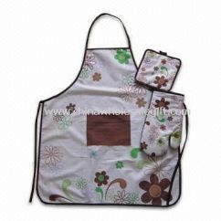 Kitchen Wear Island Counter Set Includes Apron Pot Holder And Oven Mitt