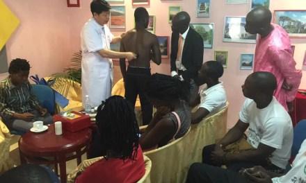 L'Afrique se forme à la médecine traditionnelle chinoise