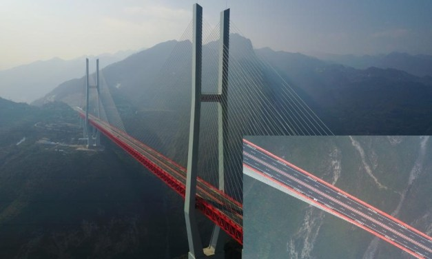 Le Pont Beipanjiang ouvert à la circulation