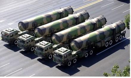 Des missiles balistiques chinois près de la Russie