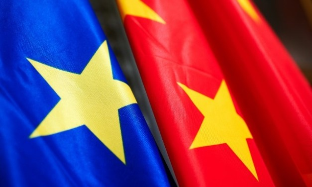Suspension de l'accord UE-Chine, Angela Merkel le juge «important»