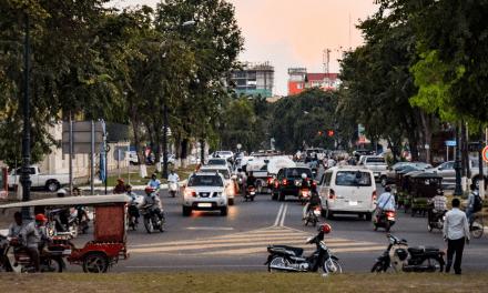 Manifestation devant l'ambassade de Chine au Cambodge