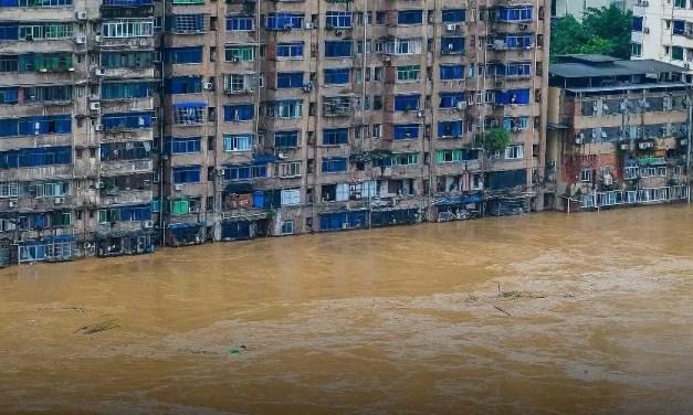 Inondations d'une ampleur historique causées par des pluies torrentielles