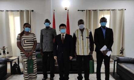 L'association Chine – Burkina Fraternité reçu par l'ambassadeur de Chine