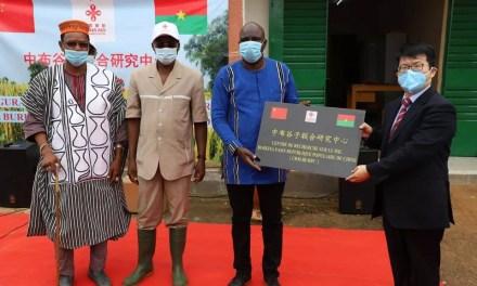 La Chine offre un centre de recherche sur le Mil au peuple burkinabé
