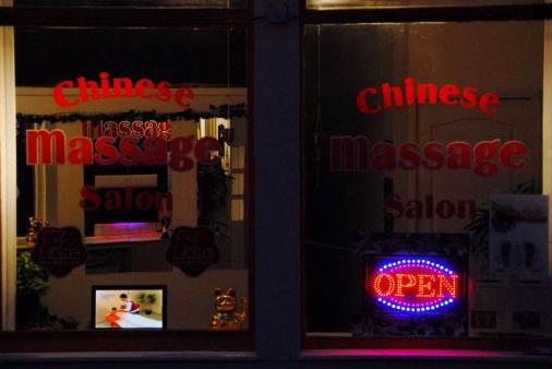 Paal en perk aan happy endings  Chinese Massage