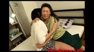 crying son – Videos – HornBunny (new)