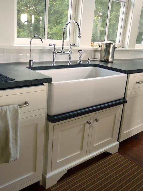 P1010021 1 Kitchen Faucets White Finish