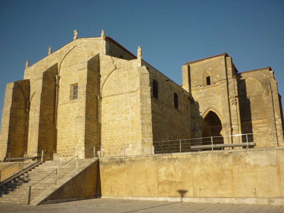 L'imponente chiesa nel piccolo paese di Villalcazar de Sirga