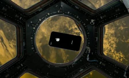 iPhone 4'ler şimdi de Uzay'da