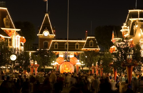 Come Celebrate Halloween Time at the Disneyland Resort 1