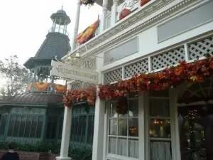 Plaza Restaurant 19