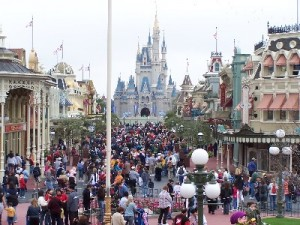 Spring Break At WDW - How to Deal With the Crowds 1