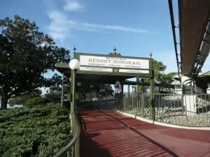 Resort Hopping - Taking the Monorail Express 1