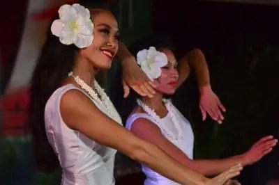 Spirit of Aloha girls dancing