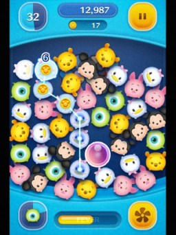 Collect and Pop as many Tsum Tsum characters as you can!
