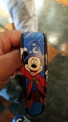 Sorcerer_Mickey_MagicBand