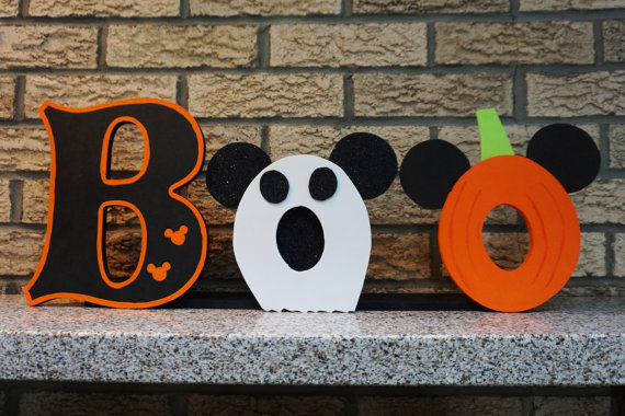 Mickey Mouse Halloween Sign
