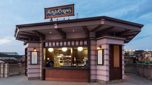 AristoCrepes, B.B Wolf's Sausage Co. and The Daily Poutine at Disney Springs Now Offering Food and Beverage Pairings 1