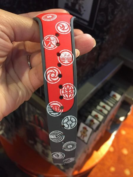 Limited Edition Magic Bands and Buttons for Epcot's 35th Anniversary 4