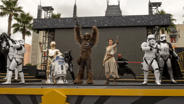 'Star Wars: A Galaxy Far, Far Away' Show will be Closing for Mobile Stage Installation 1