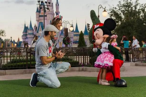 Disney And Telemundo Airing Special Christmas Day 'Un Nuevo Día' Edition 1