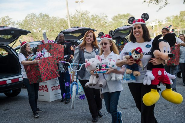 More Than 25,000 Toys Donated By Disney Cast Members To Toys For Tots Program 2