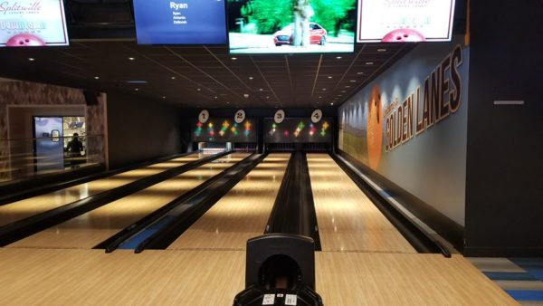 Splitsville Downtown Disney: The Sights and Food 2