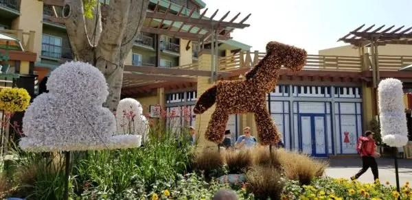 Artistic Topiaries Brighten Up Pixar Fest 6