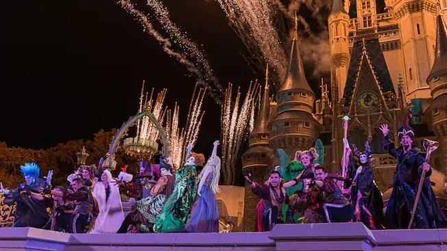 Hocus Pocus Villain Spelltacular at Walt Disney World Needs Dancers 1