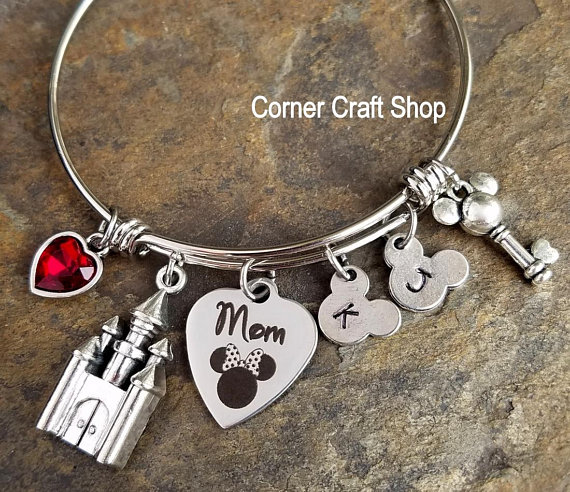 Minnie Mouse Mom Bangle