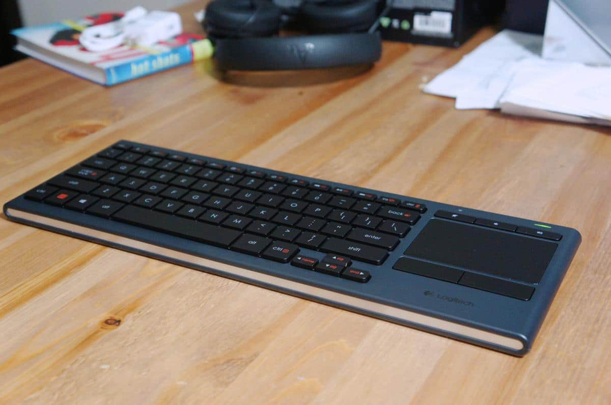 Logitech K830 Illuminated Living Room Keyboard And Trackpad All In