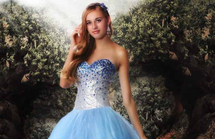 Dress Like Royalty in these Stunning Disney Princess Prom Dresses ...
