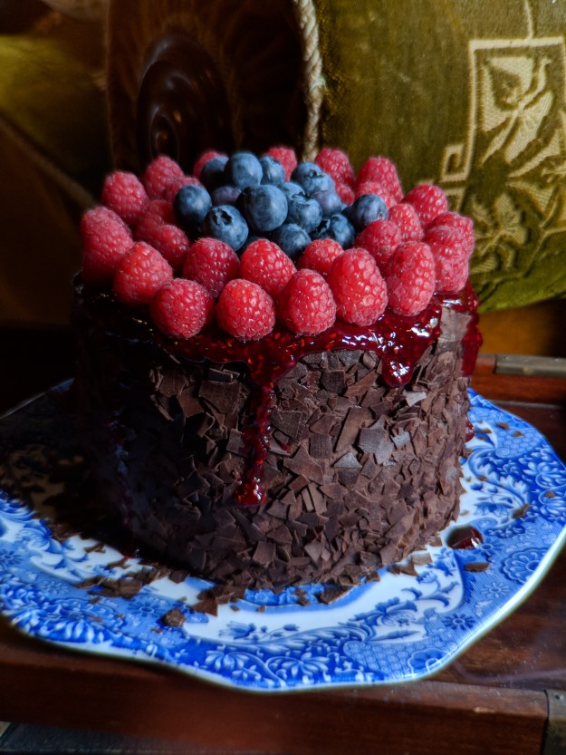 Vegan chocolate cake with vegan chocolate mousse. Photo by Daria Rein.