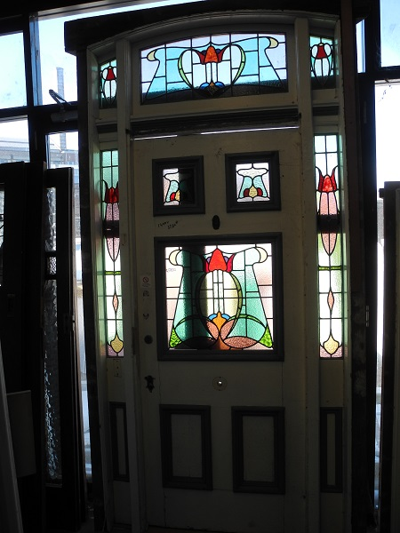 original secondhand federation leadlight entrance way with matching sidelites lites and fanlights
