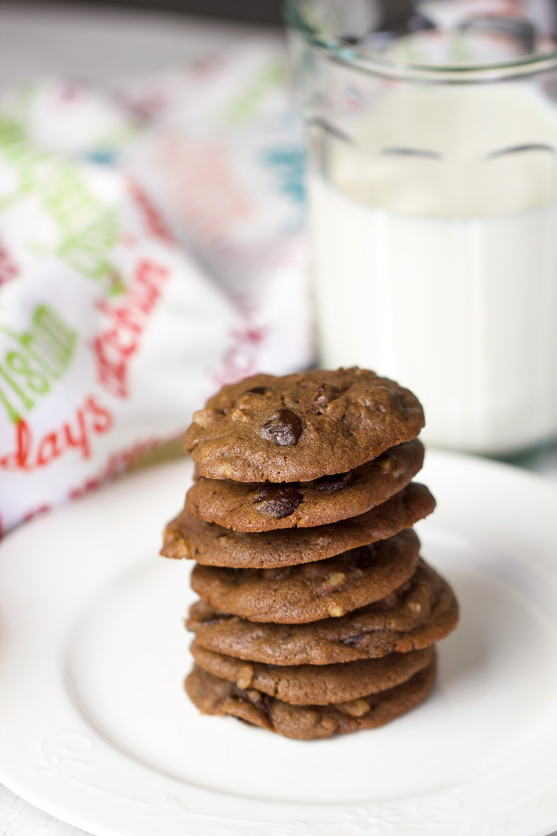 Soft Batch Chocolate Chip Cookies - chipsandpepper.com