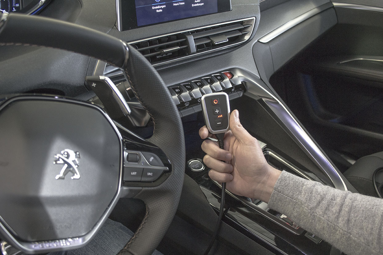 hight resolution of peugeot 3008 improved acceleration with the