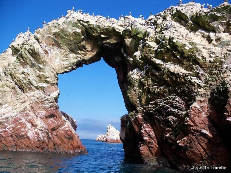 Arco Islas Ballestas guano Peru