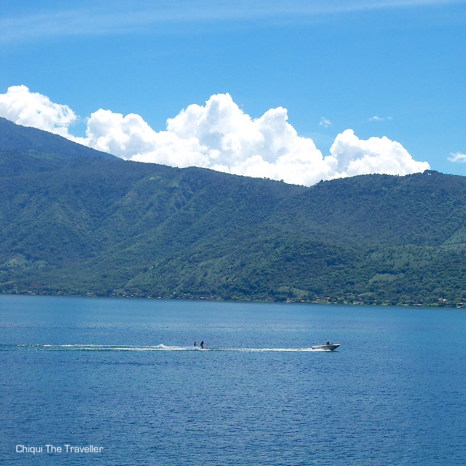 Lago Coatepeque esqui acuatico