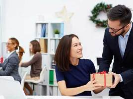 The Value of Corporate Gift Giving
