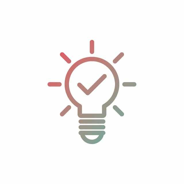 電球が光るアイデアのシンボル