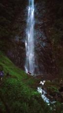 trek waterfall 2a web
