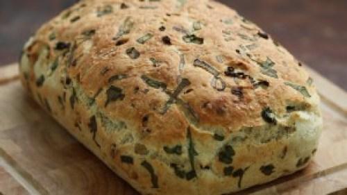 Pan con cebolla caramelizada